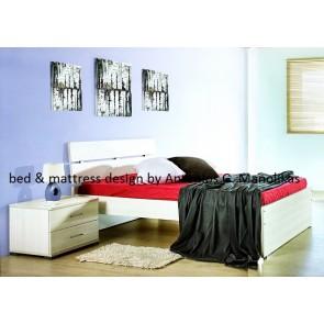 Κρεβάτι διπλό με δύο κομοδίνα σε τιμή ευκαιρίας