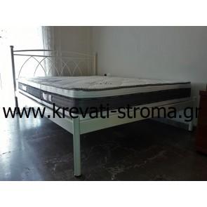 Κρεβάτι διπλό μεταλλικό λευκό ή εκρού με χαμηλό ποδαρικό για στρώμα 140 πόντους φάρδος και ειδικές διαστάσεις